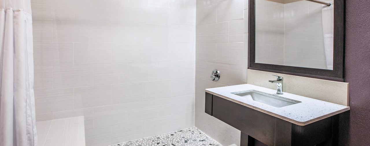 guest room bathroom at La Quinta Inn & Suites Sturbridge